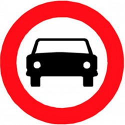 R-103 Entrada prohibida a vehículos de motor 50 cm