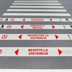 """Kit 3 Plantillas señalización paso de peatones """"mantenga distancia 2 m"""" con pictogramas"""