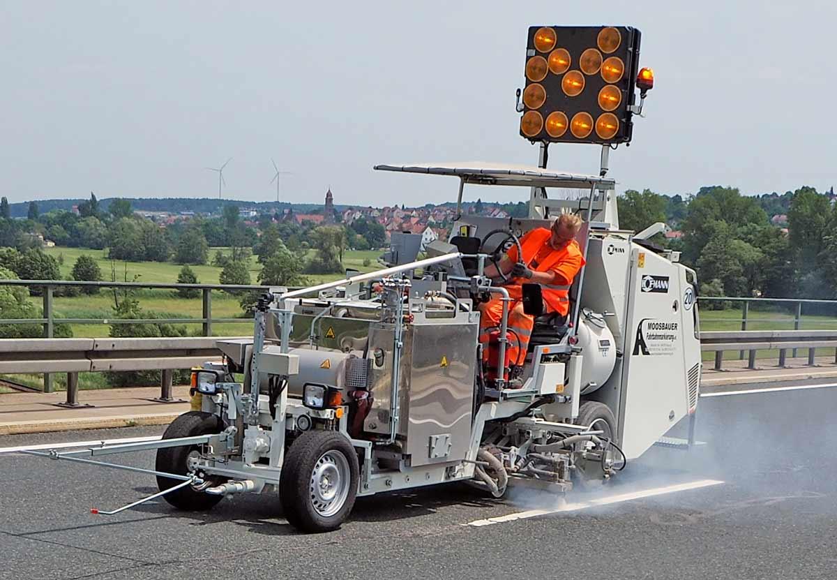 Maquina Pintar carretera